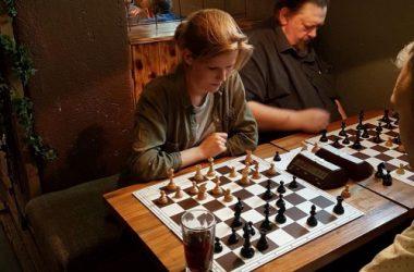 Kafésjakk – en fest for proffer og amatører!
